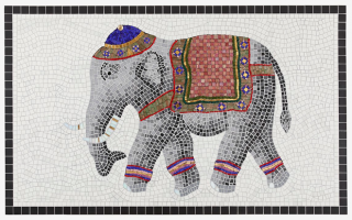 Festlich geschmückter Elefant